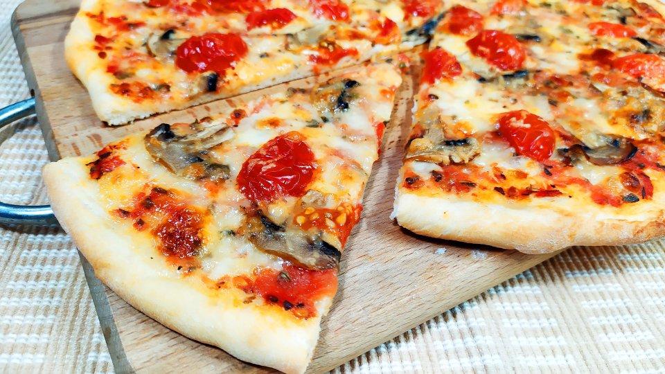 Как приготовить вкусную пиццу дома?