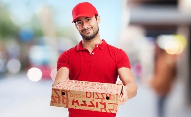 Які переваги доставки їжі додому?